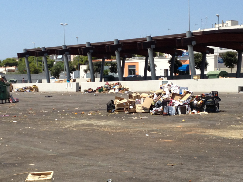 rifiuti mercato