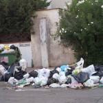 rifiuti a Baia verde