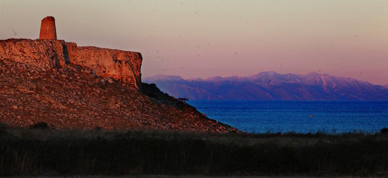 torre santemiliano e albania tramonto