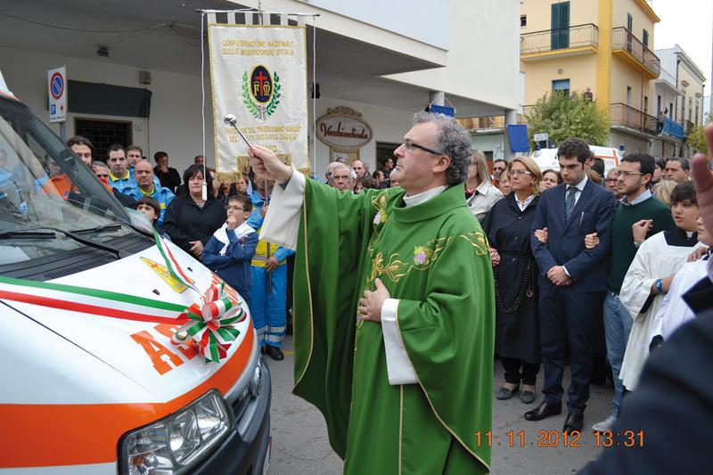Inaugurazione nuova ambulanza - Misericordia Aradeo