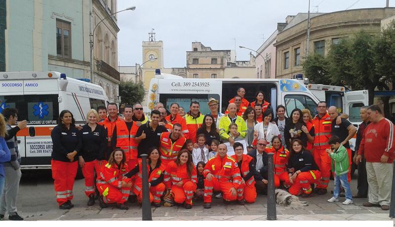 Volontari associazione Soccorso Amico- Piazza san Nicola Aradeo 6 ottobre