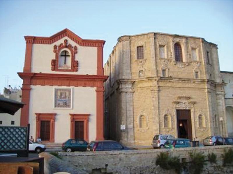 chiese rosario e crocifisso