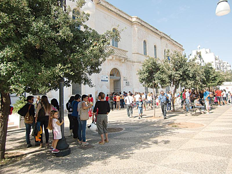 piazza carducci scuola (3)
