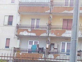 case popolari in degrado 3