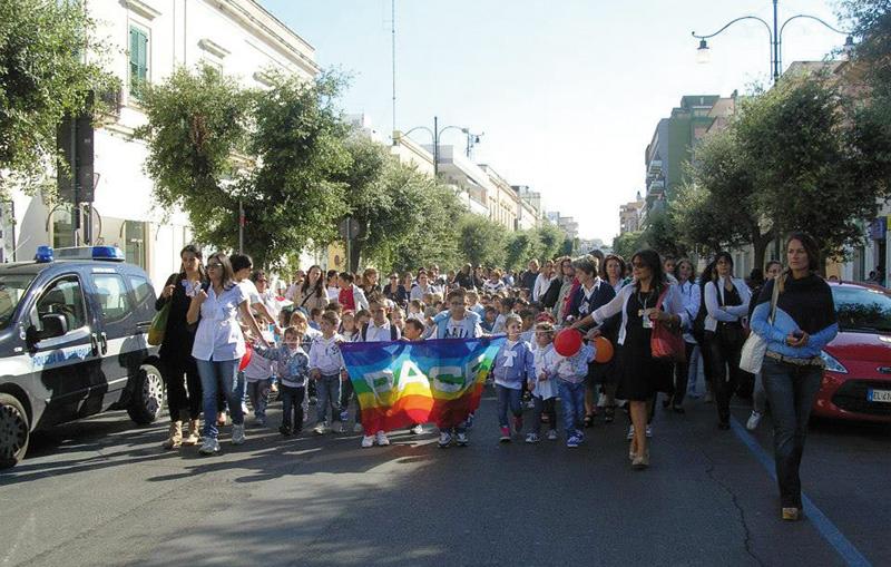 marcia della pace alunni 3 polo