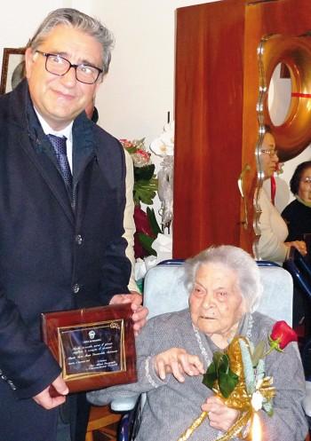 Maria Immacolata Antonazzo 100 anni dicembre 2013 parabita