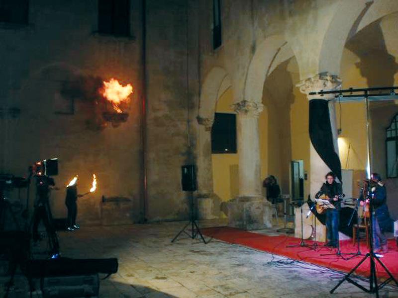 il chiostro dei Domenicani a Gallipoli, sede del laboratorio urbano Liberal'Arte
