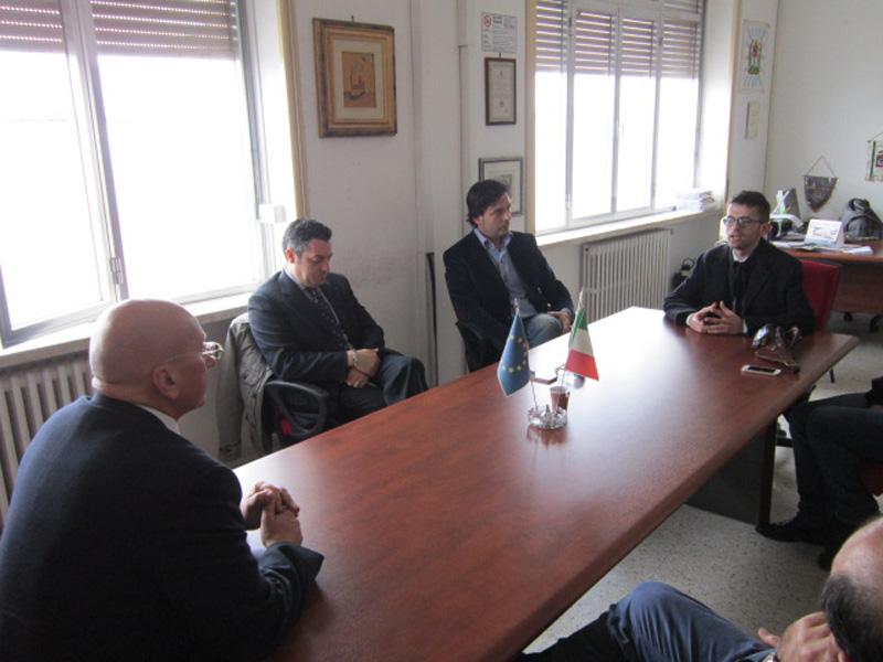 Da sinistra: il sindaco Tiziano Cataldi, il consigliere Massimiliano Romano, Giovanni De Dnatis ed il responsabile del progetto Giuseppe La Verde