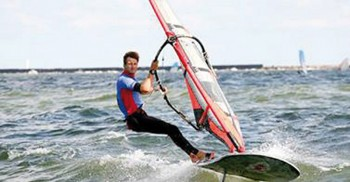 Windsurfer all'opera