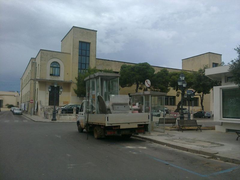 cabina telefonica piazza San Domenico