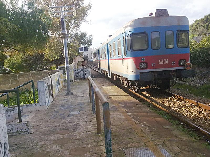 stazione ferrovia sud-est - fermata via salento - gallipoli  (2)