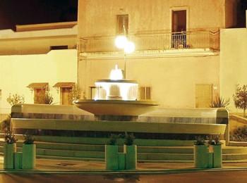 Fontana-notturna  taurisano