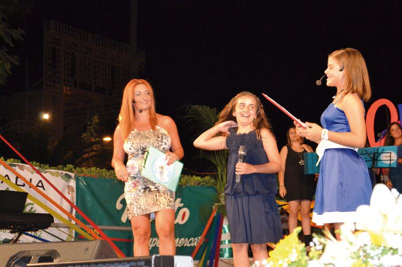Da sx Alessandra lofino, Benedetta Carlà - vincitrice 2013 - e Martina De Florio
