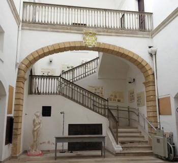 palazzo ferrari parabita