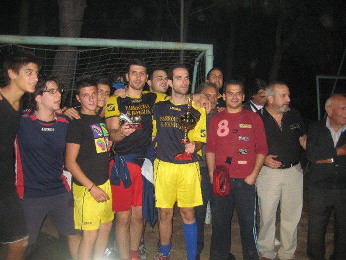 torneo interparrocchiale edizione 2011 squadra santa famiglia. 1