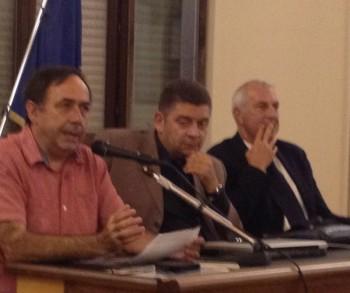 Da sinistra Donato Boscia (Cnr Bari), Rosario Centonze (Ordine agronomi) e Fabio Ingrosso, vicepresidente regionale Copagri