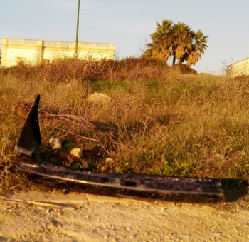 paraurti gettato sulla Passeggiata di marina di alliste 21-10-14