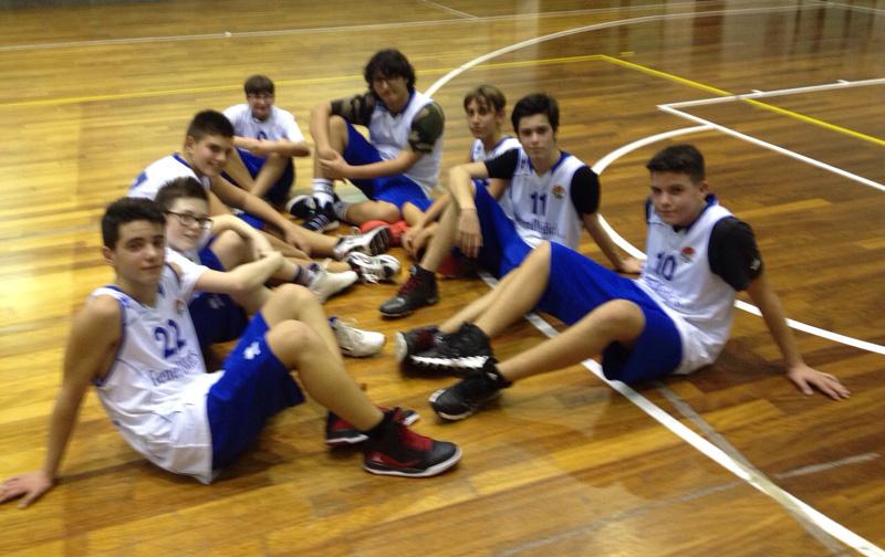 Una delle squadre giovanili della Luxor Basket