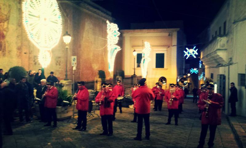 La banda in piazza Umberto I per la festa di Santa Lucia