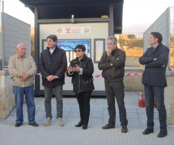 Da sinistra Antonio Guido (Acli), il sindaco Massimo Stamerra, Maria Cristina Schirinzi (Comunità Melpignano), Antonio Vincenti (Bene comune) e Giuseppe Pisanello (Acli)