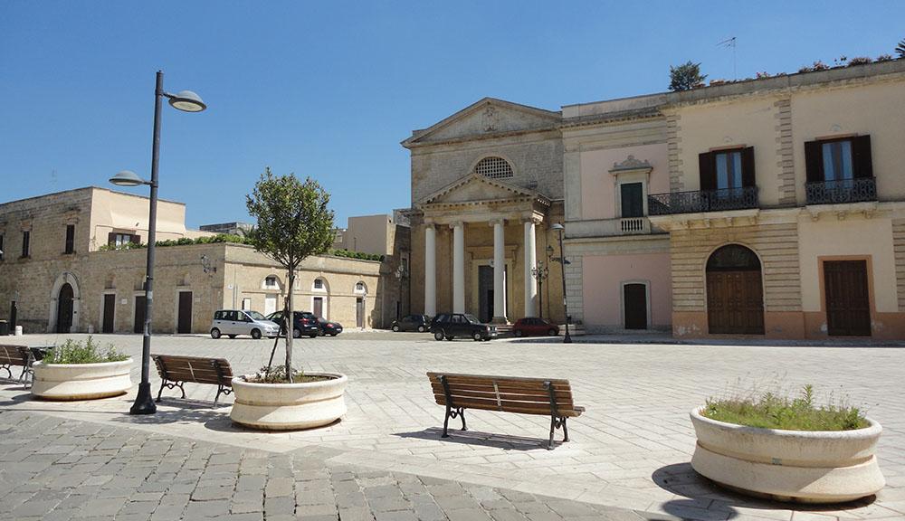 Piazza_di_Ugento