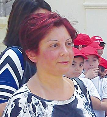 dirigente sabrina stifanelli e insegnante maria elena margari - progetto giochiamo con lo sport - alezio