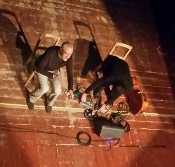 L'attore Fabrizio Saccomanno e il violinista Hedi Rasa