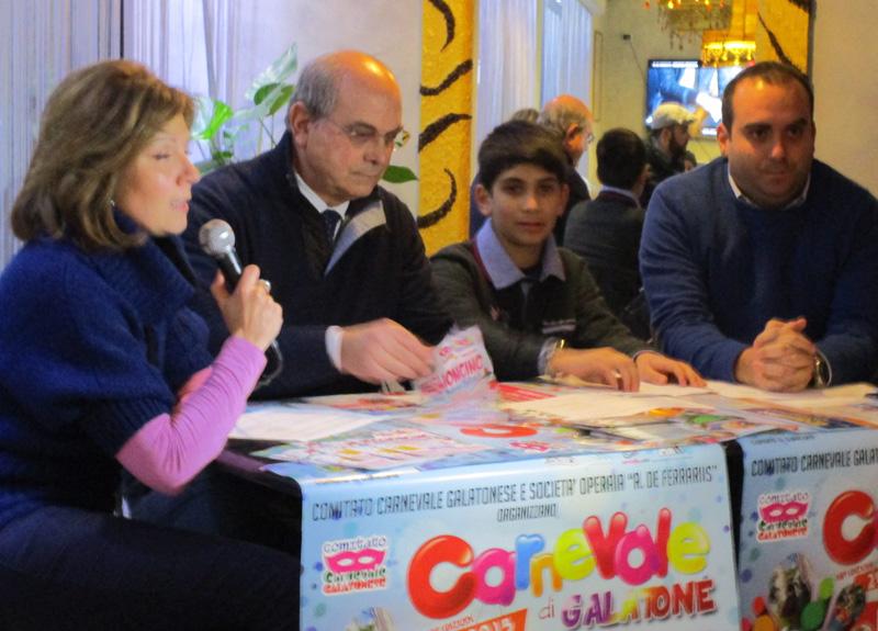 L'assessore  Giovanna Rizzo, il sindaco Livio Nisi, il baby-sindaco Alessandro Cucci e Flavio Filoni nella presentazione della manifestazione