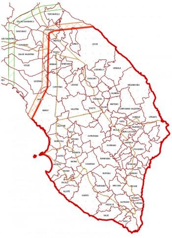 Nell'ultima mappa ufficiale della Regione Puglia, contornata di rosso è la zona infetta; subito a nord la fascia cuscinetto profonda due chilometri; infine in verde il cordone fitosanitario, anche questo largo due chilometri (clicca sull'immagine per ingrandire).