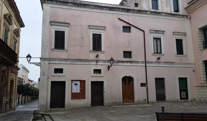banca popolare vecchia sede - parabita