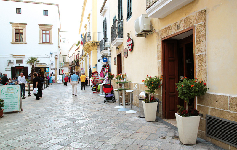 Scorcio del centro antico (foto E. Picciolo)  dove troveranno spazio il mercatino settimanale e quelli tematici