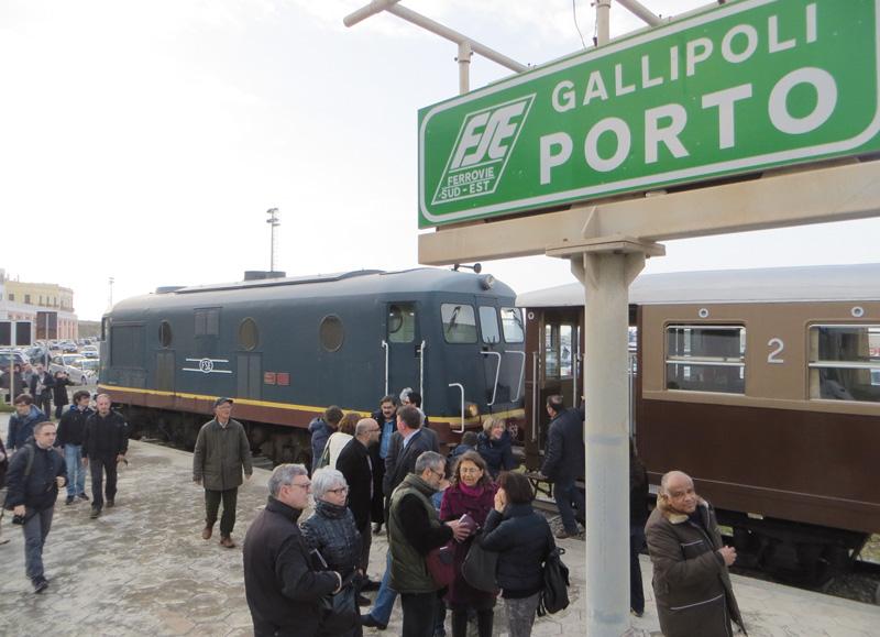 treno dei misteri fse pasqua 2013 porto gallipoli (3)