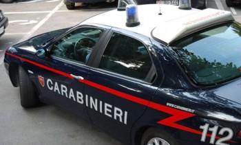 auto-rubate-carabinieri