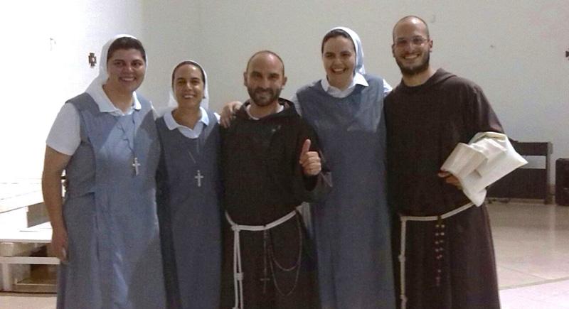 Da sinistra Luana, Maria Antonietta, Gabriele, Moira, Matteo