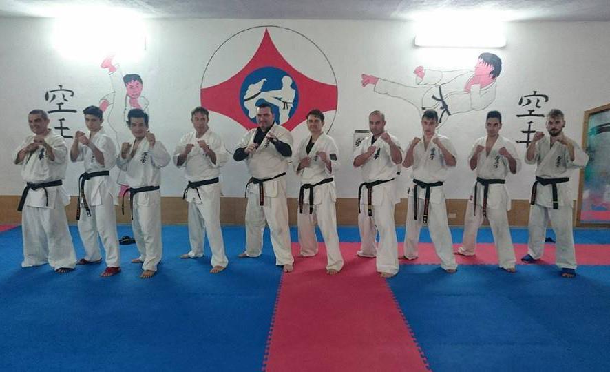 karate allenamento per campionato parabita 2015