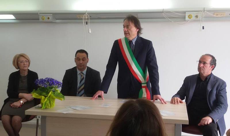Da sinistra Antonia Cairo, Carlo Falangone, Marcello Risi, Umberto Caracciolo durante l'inaugrazione della struttura