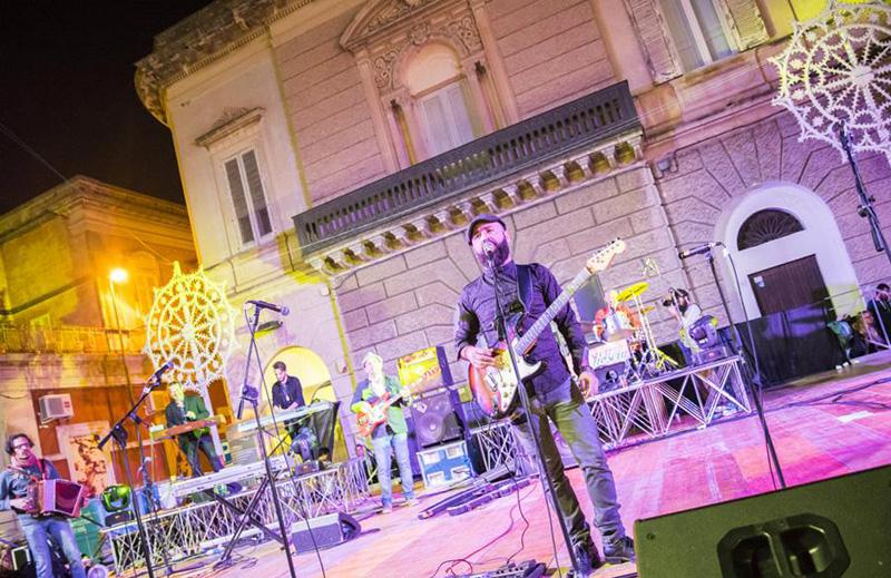 Notte bianca a nard ci pensano i commercianti uniti piazzasalento - Notte bianca specchia ...