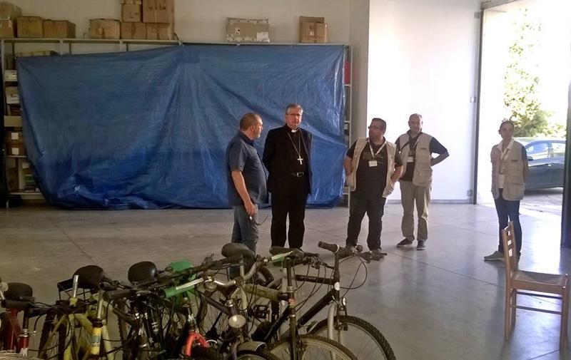 vescovo al deposito biciclette