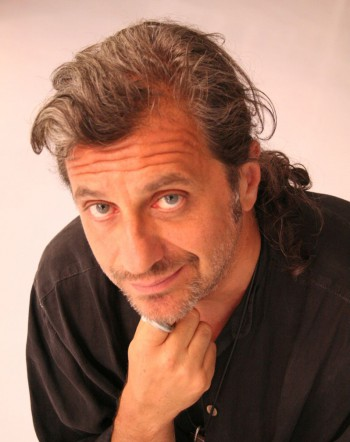 alessandro-bergonzoni_foto-Riccardo-Rodolfi