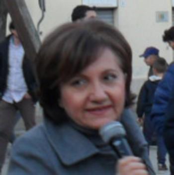 carmela cezza Mercatino solidariet Aradeo - Intervento Carmela Cezza (dirigente scolastico)