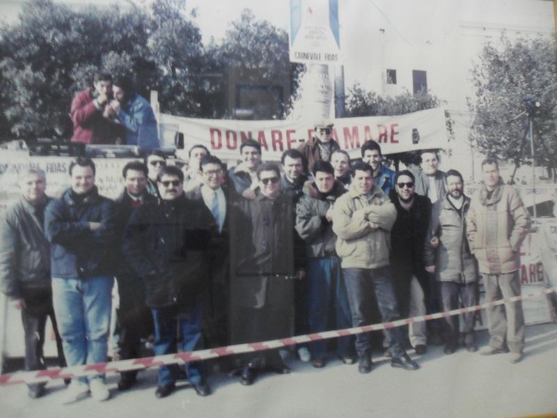 I fondatori nel 1975 e  in basso l'attuale presidente Pintus