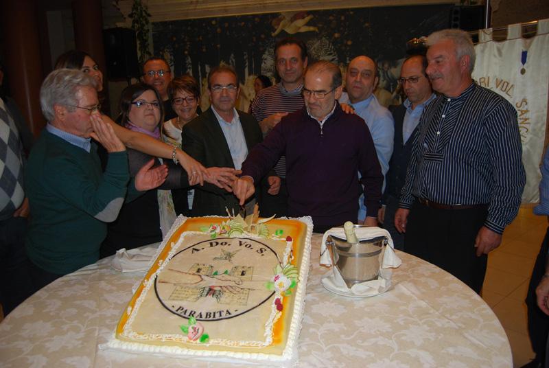 La festa dello scorso anno  e, in basso,  il presidente Giovanni Coluccia