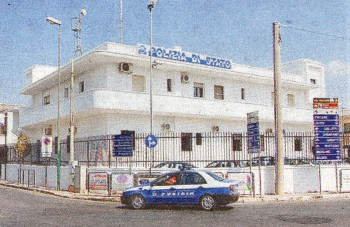 commisariato polizia taurisano