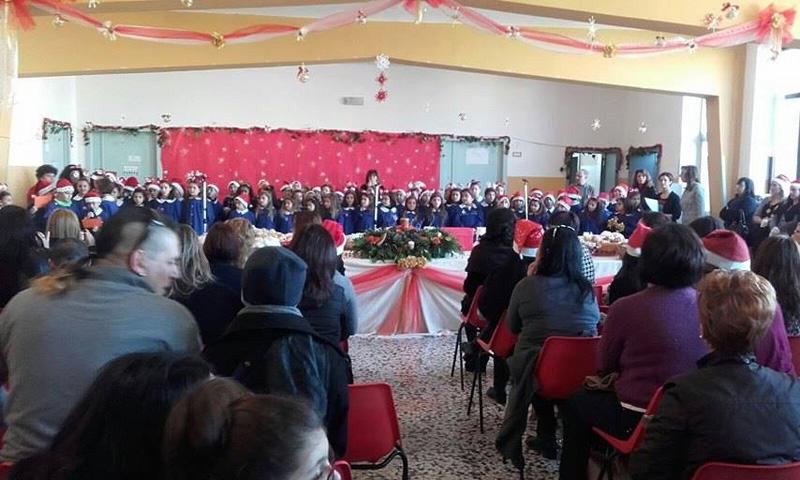 Polo 1 taurisano musica sagre e fratellanza con gli for Porte natalizie scuola