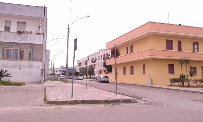 via-cattaneo---case-popolari-matino