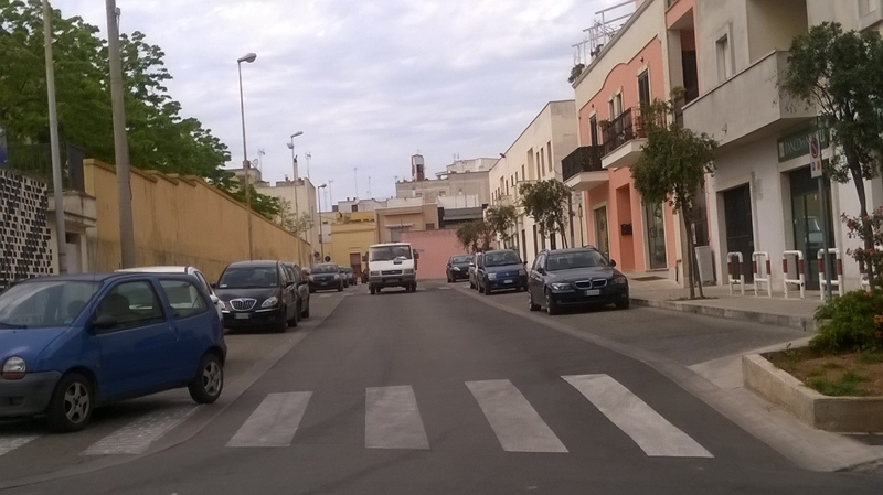 via-san-domenico-strisce-pedonali-2016-casarano
