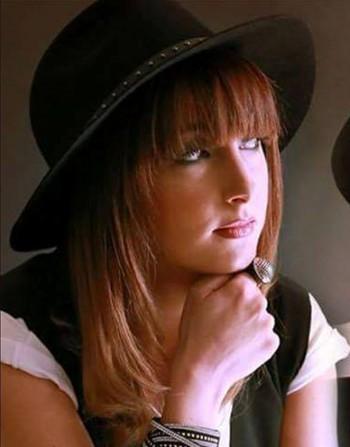 cantante alessandra simone 2016