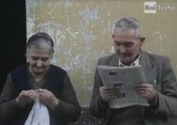 Anziani di Neviano in un fermo immagine tratto dalla video-inchiesta realizzata nel 1982 da Paolo Guidicini per la Rai