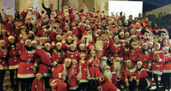 """Accanto la """"Band"""" al completo durante la serata tenuta ad Alezio, lo scorso 11 dicembre"""