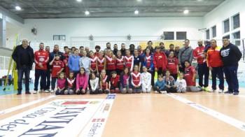 settore giovanile della Pag insieme alla squadra maggiore